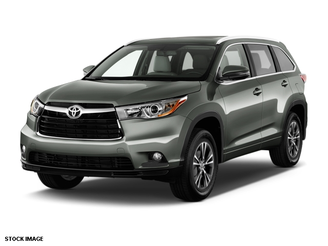 new 2016 toyota highlander xle v6 4dr awd suv wagon awd in schaumburg gs35d990 o schaumburg. Black Bedroom Furniture Sets. Home Design Ideas